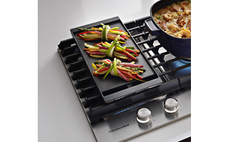 Removable Griddle Included